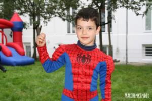 Kleiner Spider-Man auf einem Kindergeburtstag in Hamburg IMG_3649